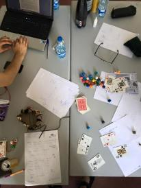 Typowa Wstęga - kości, karty, joker w idealnym momencie