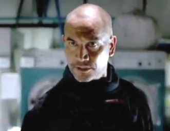 DHS-_Temuera_Morrison_in_The_Marine_2